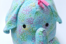 Stuffed Animal Patterns / by Leigh Rondeau Jackett