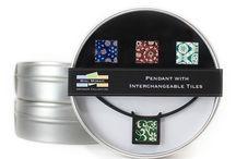 Color Pendant / Nylon Plastic Pendant Rubber Cord 4 Mosaic Tiles Round Storage Tin