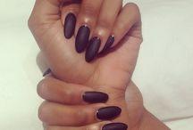 >Acril nails<