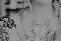 ' ㅤ Tatouages ( Tattoo)  ∷≀ / Pegou comente.