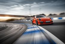 The new Porsche 911 GT3 RS – Limits pushed. / The new 911 GT3 RS breaks boundaries – an experience we have no intention of keeping from you. Be the first to see the new 911 GT3 RS in this gallery. *Combined fuel consumption in accordance with EU 6: 12.7 l/100 km, CO2 emissions 296 g/km