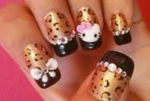 COOL NAILS / by Vickie Street Woodruff