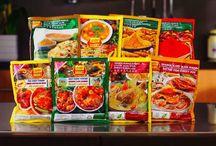Malaysian Curry Powder Recipes / www.christinaarokiasamy.com