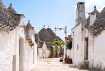 Perle di Puglia - I centri storici / I centri storici di Puglia sono luoghi incantati, accoglienti e autentici dove trascorrere vacanze genuine.