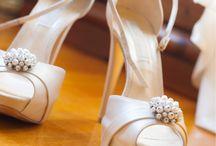 Brautschuhe / Sie haben bald eine Hochzeit und suchen nach passenden Brautschuhen? Auf Moderne Hochzeit finden Sie Anbieter deutschlandweit und Informationen im Bereich Brautschuhe.