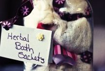 Crafts & Gifts 2 / by Pearl Black