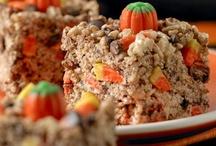 Fall/Halloween Sweet Eats / by Chrystal Osterback