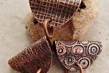 etching jewelry inspiration / Idee per gioielli in rame inciso