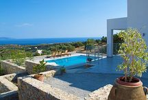 Evgoro Villas / Evgoro Villas is a complex of three villas, Ouranos ,Thalassa and Vrahos Villa. It is located just 2 Kms away from the beautiful southern village of Agia Galini. Each provides easy access to most of the world famous Rethymno southern sandy beaches of unique beauty, such as Triopetra, Agios Pavlos and Preveli.