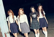 BLACKPINK / YG 4 member girl group Lisa | Rosé | Jisoo | Jennie