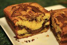 Cakes & Cupcakes / by Stephanie Lincecum