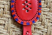 Handmade Purse Mirrors / A showcase for all type of handmade pocket mirrors. Best friend of a women in the move!
