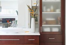 Open Vanity Bath Storage! / Open vanities function well in large or small bathrooms. And the style fits any setting -- from traditional to cottage to contemporary.