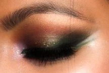~Make~Up / by Leslie Edge