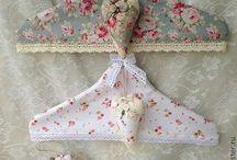 hanger lace