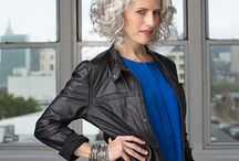 Styles for curly grey hair for an older woman