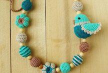 háčkované náhrdelníky,korále, límce, náramky, / háčkované korále