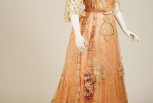 Vintage - Clothing / by Carrie Dowden