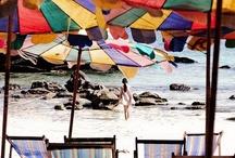 Beach parasols / I like to be under it !