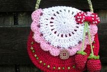 Crochet handbag for Hannah