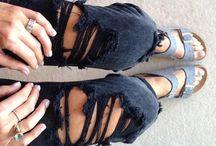 • Grunge Gals