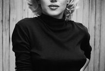 Marilyn monroe / The stunning Marilyn Monroe  / by Emily Qualls