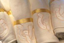 KEB Bordados/Toallas / Algunos bordados en toalla, pide el tuyo y personaliza con un detalle.  Más Información: Karine Becker +52 55 5508 3464