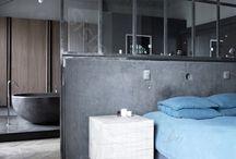 Salle de bain / Mur vitré