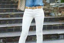 Camisa jeans e calça clara