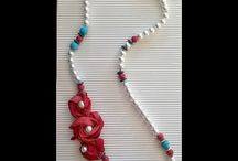 Beaded necklaces / Pearls, semiprecious stones, genuine leather