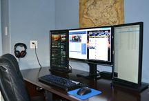 Office work station / Arreglo de estación de trabajo con diferentes pantallas