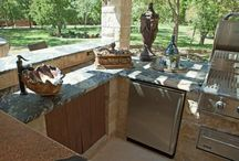 Garden - water features & patio / by Lucy Rouse