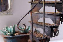 Dollhouse makes / Tiny things