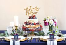 Navy & Berry Wedding / What's more lovely than a modern navy and berry wedding for fall?