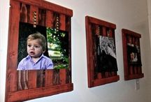 Pallet Photo Frames / DIY pallet photo frames and diy wood pallet picture frame ideas.