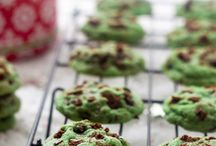 Cookie Monster / I am such a cookie monster. Cookies are one of my favorite fetishes, especially chocolate chip cookies. This board is all about the cookie. Miam!
