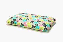 #Poduszka Bed Pillow / to klasyczna, płaska poduszka do spania w Waszych ulubionych wzorach. Można ją połączyć z pościelą lub z naszym kocykiem!