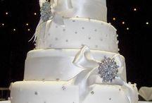 Wedding Ideas / by Marny Alice Solhaug Pettersen