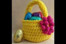 Crochet Bag video tutorials & written patterns / All of my bag video tutorials and written patterns can be found here.