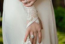 wedding Dresses / by Lesli Crawford
