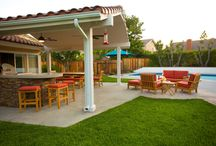 Outdoor rooms / Smaller yards are perfect places to extend your living space.  Now lawn necessary