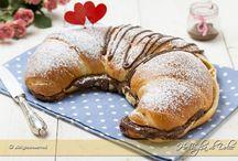 Muffin, pancakes, brioches...