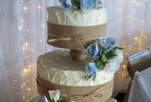 Buttercream wedding cakes / wedding cakes finished with textured or smooth buttercream for the rustic or elegant look