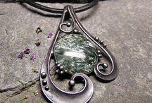 cinovany šperk