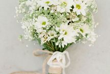 Boho White/Green Flowers