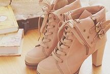 .[.. shoes ..].