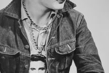 ..:: GORGEOUS GREASERS ::..