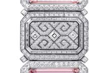 Expensive gifts for Girls / Luxurious gifts.