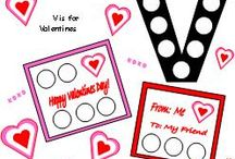 Valentines Day Early Learning Ideas / In Greek, there are three different words for love. In English, there is, of course, 'love', and soon to be another, which will then describe the feeling that your little ones get when they see these awesome printables! Find them and more at www.makinglearningfun.com.