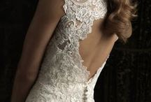 I may already be married but I'm still obsessed with wedding dresses!!